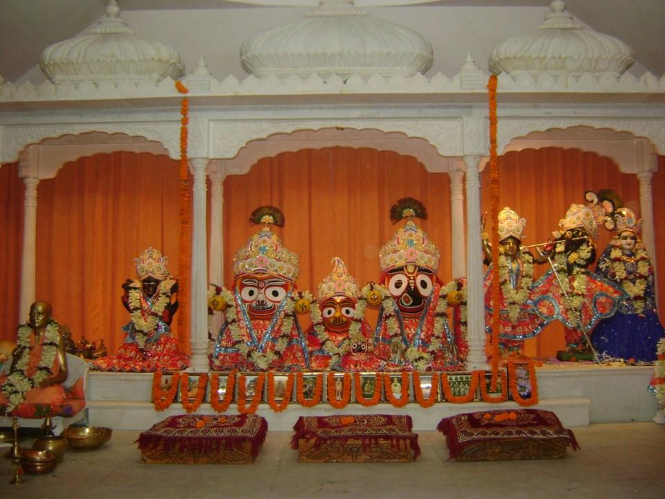 Gopinath-Gaudiya-Math-Puri-1